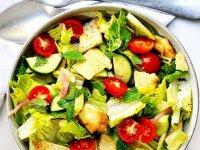 سالاد فَتوش ؛ یک پیش غذای عالی