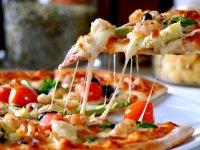 ۶ رازی که برای تهیه یک پیتزای عالی باید بدانید