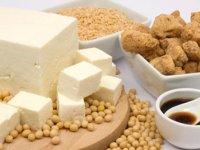 با غذا عوارض يائسگی  را كنترل كنيد
