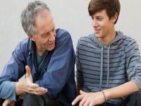چگونه با نوجوانان ارتباط برقرار كنيم؟