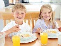 فواید صبحانه برای کودکان