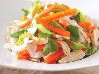 سالاد گرم مرغ و نارگیل