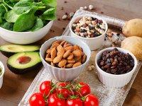 مدیریت تغذیه ای عوارض درمان های سرطان