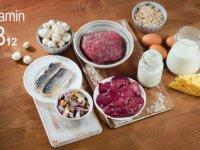 میزان B12 در 100 گرم ماده غذایی
