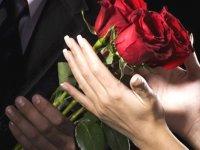 چطور به همسرمان احساس خاص بودن بدهیم؟