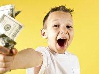 چطور به کودکان پول خرج کردن را یاد بدهیم؟