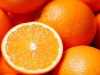 پرتقالهای موجود در بازار رنگ میشوند؟