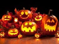 از تور ویژه تا لباسها و گریمهای عجیب هالووین در ایران + تصاویر