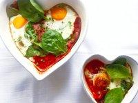 تخم مرغ های پخته در فر
