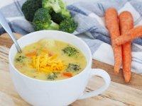سوپ پنیر و سبزیجات