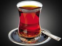 خوردن چای داغ چه بلایی سرتان می آورد؟