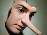 چطور با آدم دروغگو برخورد کنیم؟