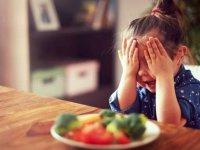 فواید و مضرات غذاهای تند در کودکان