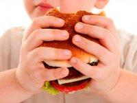 کبد چرب در کودکان ؛ از علت تا راه درمان