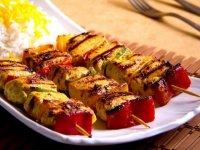طرز پخت کباب شیش طاووق در خانه با سس مخصوص