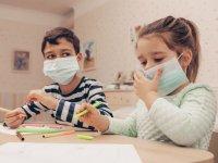 کودکان زیر ۲ سال «نباید» ماسک بزنند