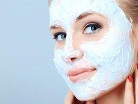 طرز تهیه ماسک خانگی برای پوستهای چرب و خشک