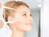 ۵ خوردنی مفید برای رفع خشکی پوست