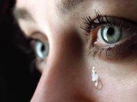 آیا گریه کردن خانمها نشانه ضعف است ؟