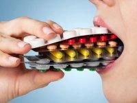 عـوارض دهـانی داروها را بشناسید