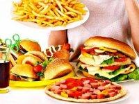 ۱۸ غذایی که آرام آرام ما را میکشند