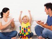 تشویق کودکان چرا و چگونه؟