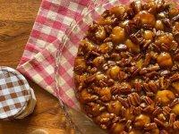 طرز تهیه نان کارامل و گردو خوشمزه و جذاب در خانه