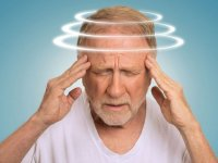 جدیترین علائم آلزایمر در هنگام رانندگی که باید آنها را جدی بگیرید