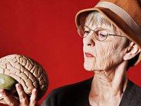آلزایمر، عارضه دوره سالمندی
