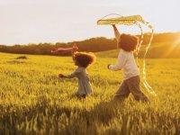تفکر خلاق در کودکان معجزه عشقورزی در تکامل  کودک