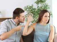 چرا همسرم به حرفهایم گوش نمیدهد؟