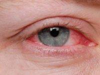 استفاده از مواد ضدعفونی کننده چه خطراتی برایی چشم ها دارد؟