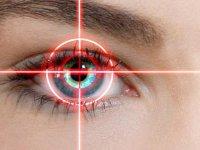 عمل لیزیک چشم و شرایط آن
