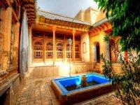 خانه فروغ الملک شیراز  موزه هنـر مشکیـن فام