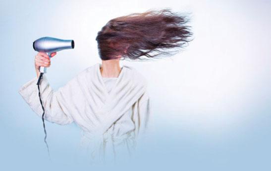 نکات طلایی استفاده از سشـوارو اتوی مو