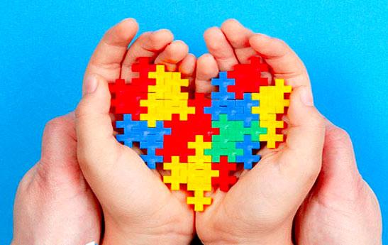 بازی درمانی در اوتیستم
