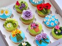 تزئین کاپ کیک